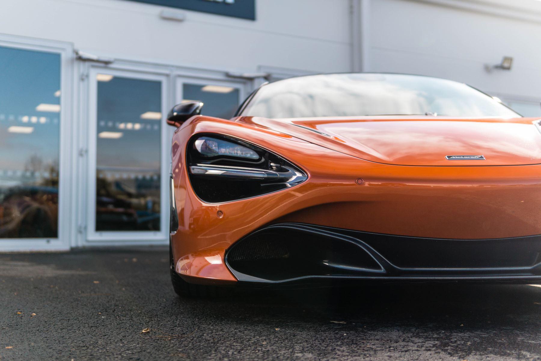 McLaren 720S V8 2dr SSG PERFORMANCE image 9